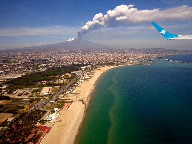 Air Dolomiti (CTA-MUC)- Catania & Mt. Etna