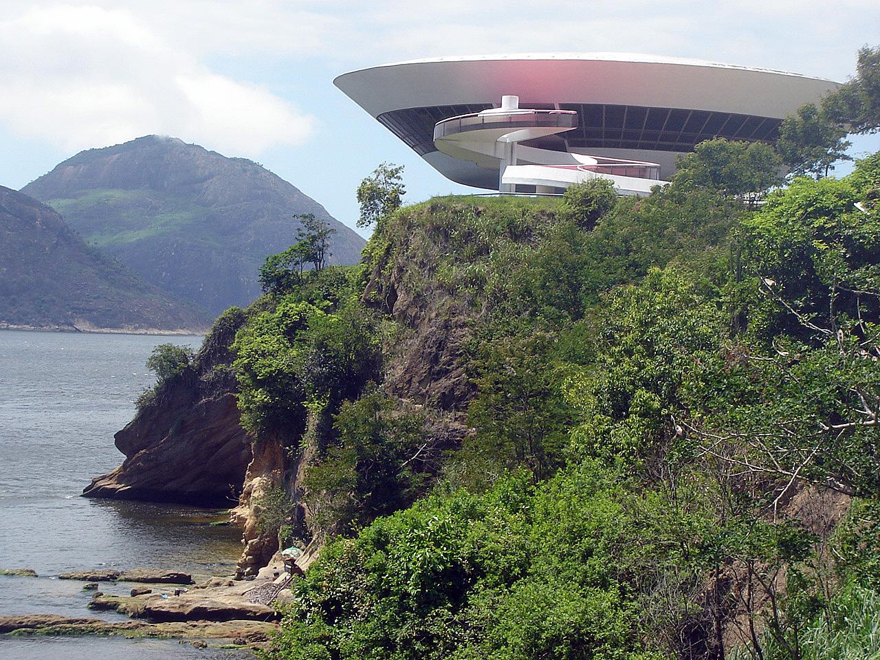 Niterói, Brazil -Contemporary Art Museum (1)