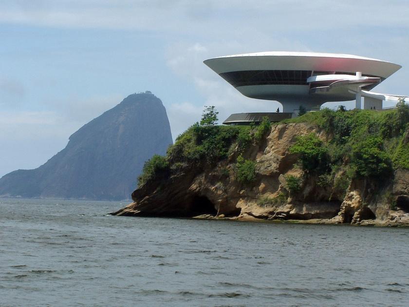 Niterói, Brazil -Contemporary Art Museum (2)