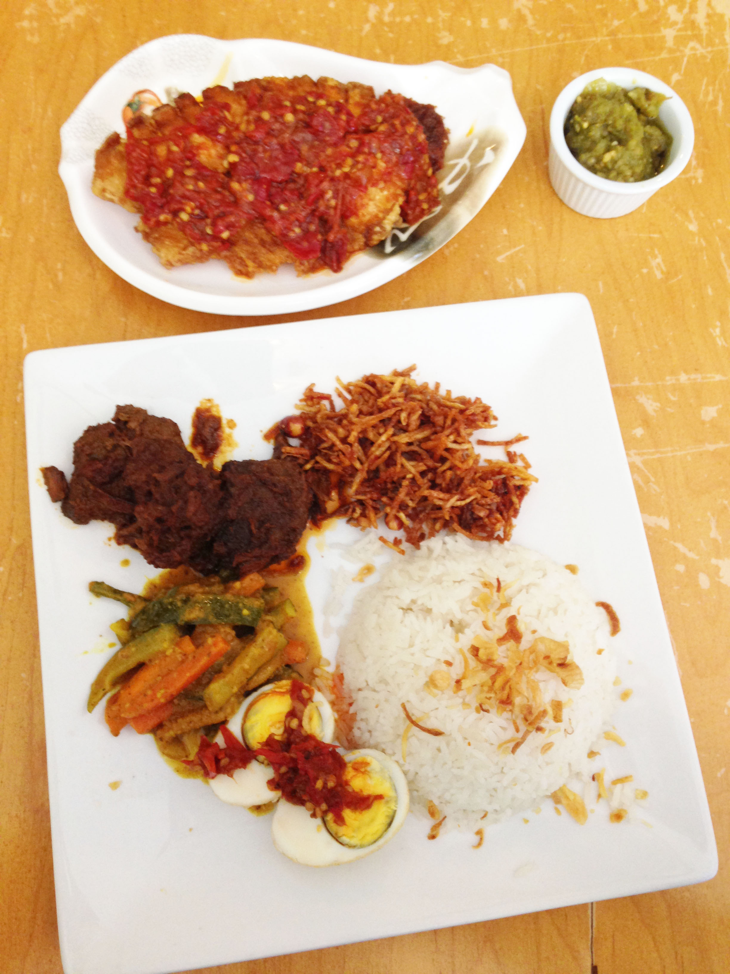 Restaurant review sky cafe indonesian elmhurst queens for Cuisine queen catering