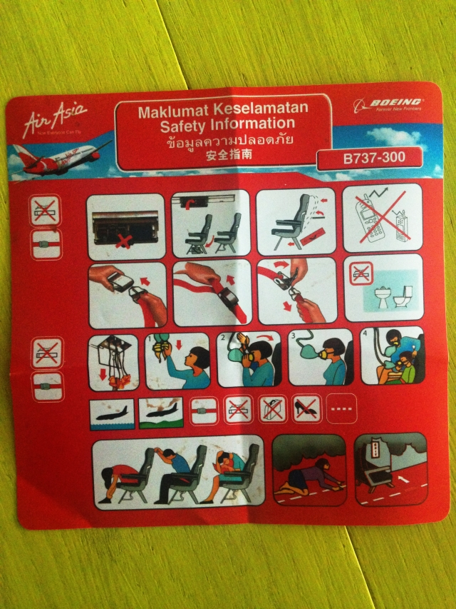 airline-safety-card-air-asia-boeing-737-300-1