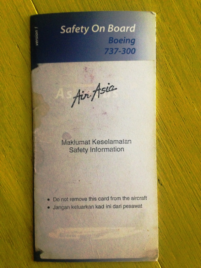 airline-safety-card-air-asia-boeing-737-300-2