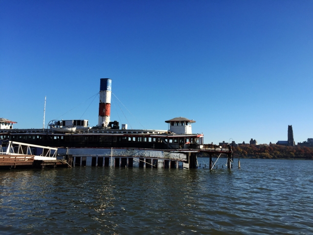 the-binghamton-ferryboat-edgewater-new-jersey-usa-1