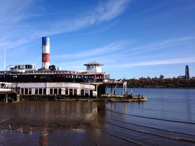 the-binghamton-ferryboat-edgewater-new-jersey-usa-2